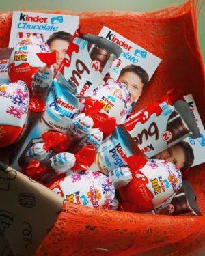 Заказать сладкий букет из киндеров с доставкой по Екатеринбургу
