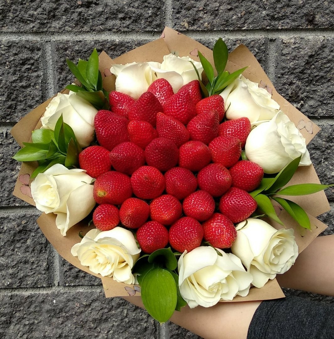 Клубника+цветы