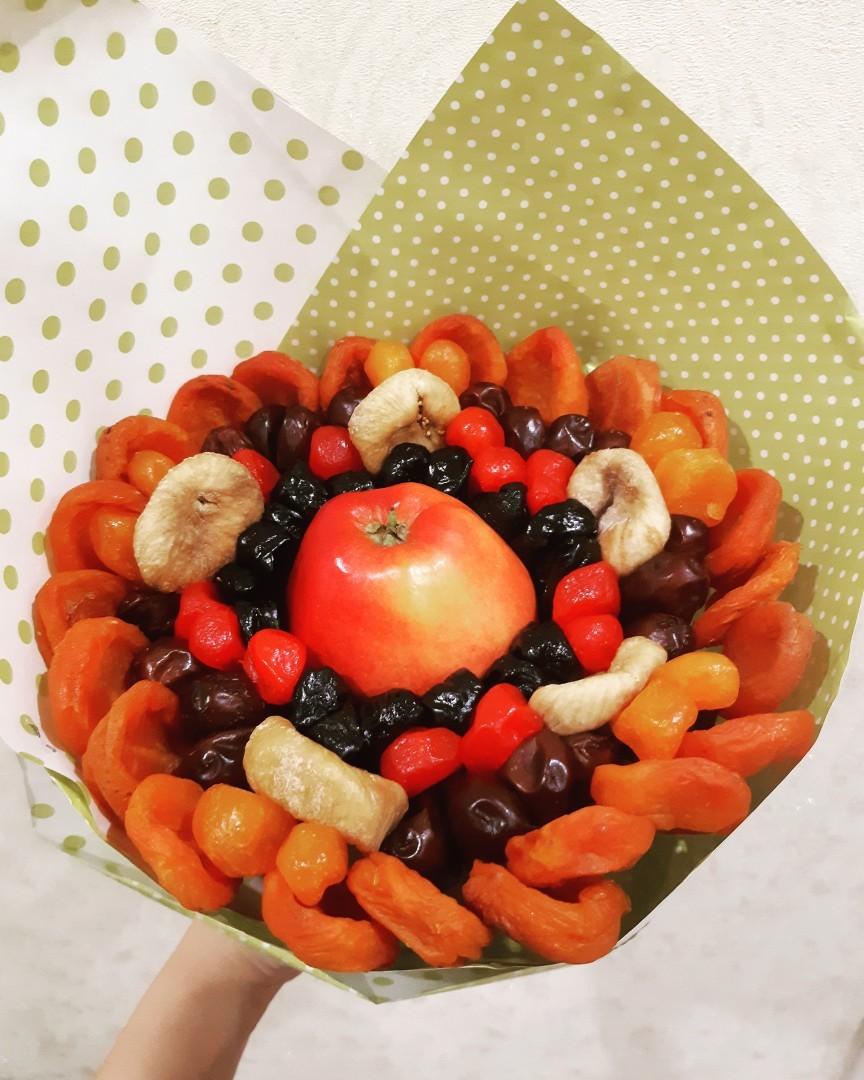 Букетик из Сухофруктов- лучший любимой маме или бабушке.