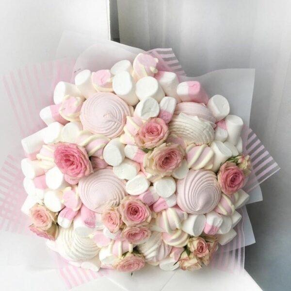 Сладкий букет Зефир с розами заказать с доставкой по Екатеринбургу -https://www.ekbbuket.ru/