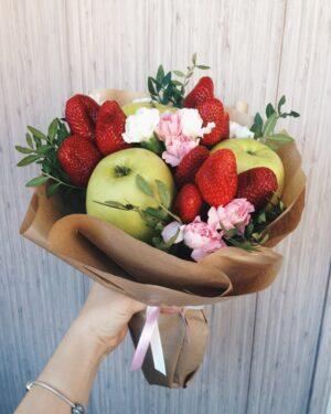Вкусный и недорогой букет из яблок