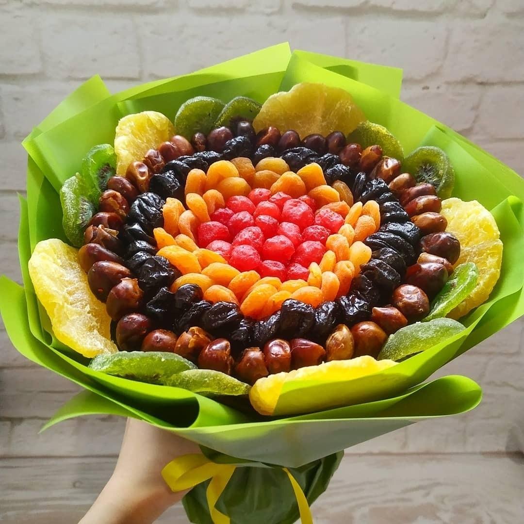 Заказать Букет из сухофруктов, Букет с доставкой по Екатеринбургу, Букет из фруктов и цветов, ягодный микс, подарок на юбилей