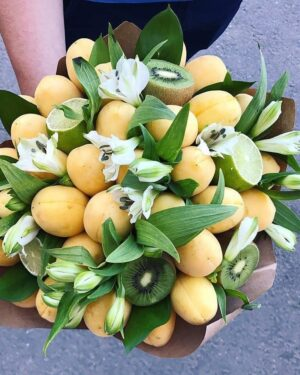 Подарочные букет из абрикосов