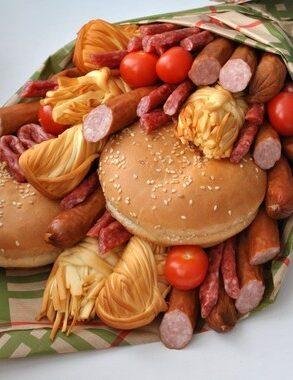 Безалкогольный букет с колбасками