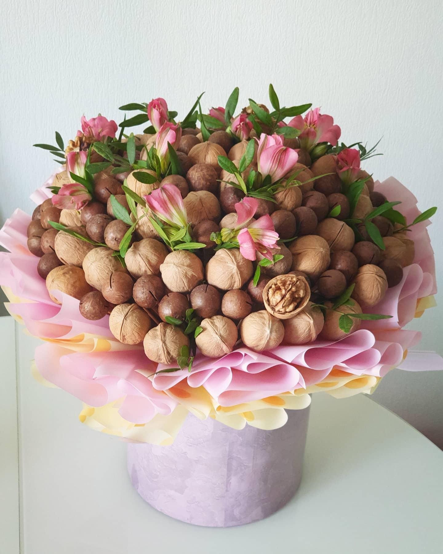 Букет из орехов - в Екатеринбурге заказать на сайте ekbbuket.ru